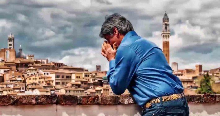 Giuseppe Pes detto Il Pesse in un momento di commozione durante la nostra intervista del Gruppo Ricordi di Palio