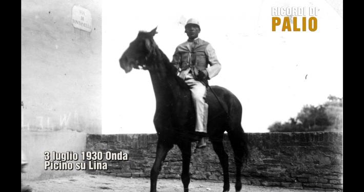 Angelo Meloni detto Picino vince il suo ultimo Palio di Siena il 3 luglio 1930 su Lina per la Contrada Capitana dell'Onda